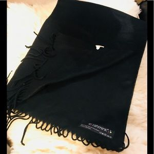 Other - 🧣 made in Germany cashmink scarf black NWT